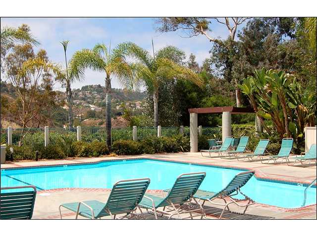 Photo 6: CLAIREMONT Townhome for sale : 2 bedrooms : 2747 Ariane #180 in San Diego