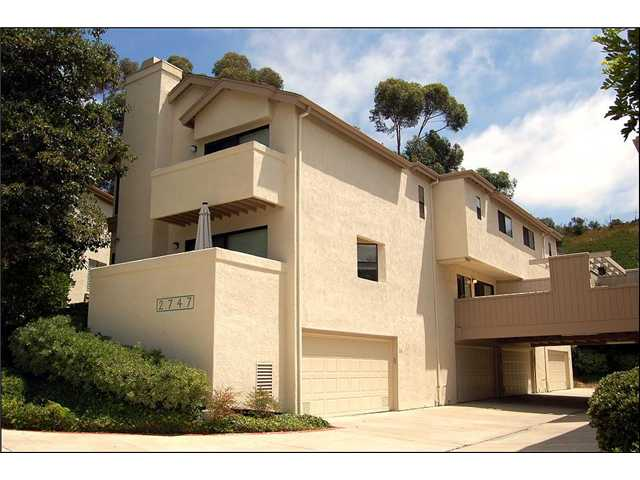 Photo 4: CLAIREMONT Townhome for sale : 2 bedrooms : 2747 Ariane #180 in San Diego