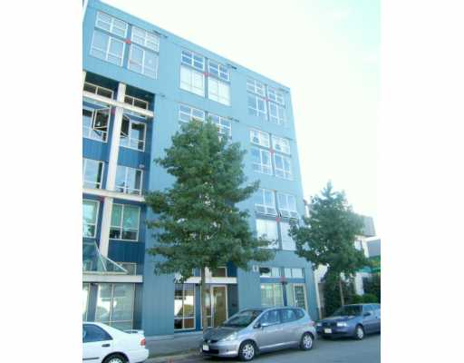 "Main Photo: 402 338 W 8TH AV in Vancouver: Mount Pleasant VW Condo for sale in ""LOFT 338"" (Vancouver West)  : MLS®# V611077"