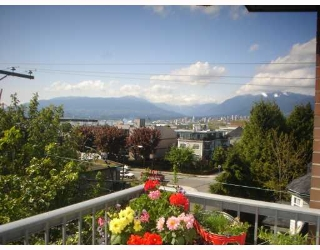 Main Photo: 304 138 TEMPLETON Drive in Vancouver: Hastings Condo for sale (Vancouver East)  : MLS(r) # V766303