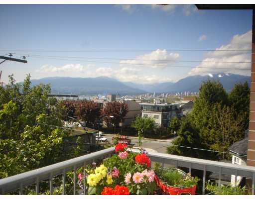 Main Photo: 304 138 TEMPLETON Drive in Vancouver: Hastings Condo for sale (Vancouver East)  : MLS® # V766303