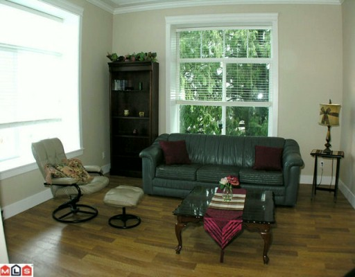 "Photo 5: 403 33338 MAYFAIR Avenue in Abbotsford: Central Abbotsford Condo for sale in ""The Sterling"" : MLS(r) # F1000665"