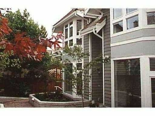 Main Photo: 5 233 E 6TH Street in North Vancouver: Lower Lonsdale Townhouse for sale : MLS® # V819277