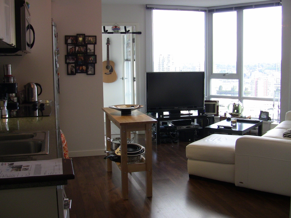 "Photo 31: 2202 788 HAMILTON Street in Vancouver: Downtown VW Condo for sale in ""TV TOWER I"" (Vancouver West)  : MLS(r) # V825585"