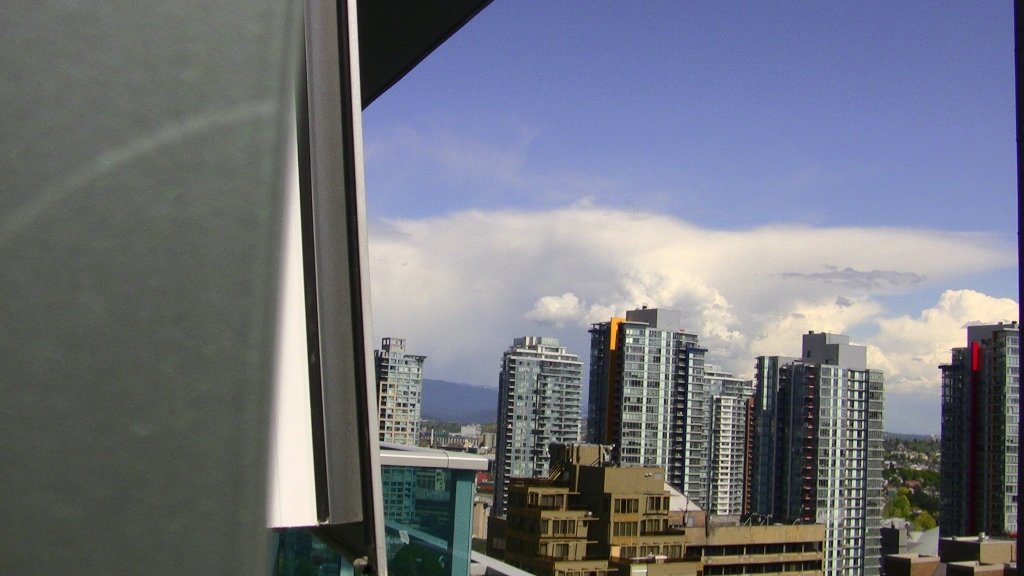 "Photo 25: 2202 788 HAMILTON Street in Vancouver: Downtown VW Condo for sale in ""TV TOWER I"" (Vancouver West)  : MLS(r) # V825585"