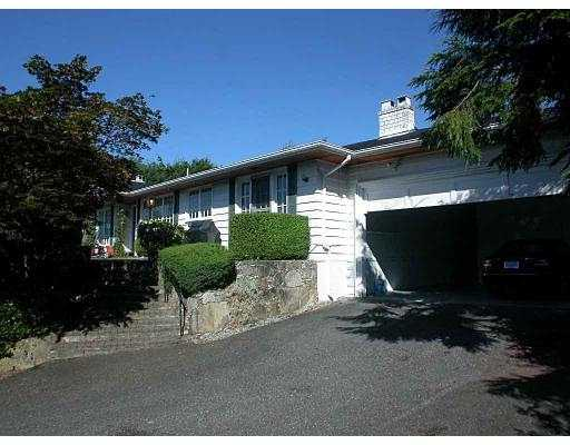 Main Photo: 881 FARMLEIGH RD in West Vancouver: British Properties House for sale : MLS® # V549197