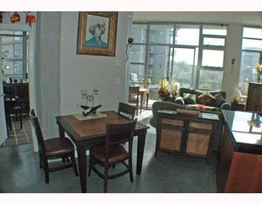 Photo 7: 408 2635 PRINCE EDWARD Street in Vancouver: Mount Pleasant VE Condo for sale (Vancouver East)  : MLS(r) # V766689