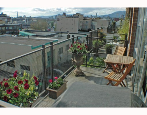 Photo 13: 408 2635 PRINCE EDWARD Street in Vancouver: Mount Pleasant VE Condo for sale (Vancouver East)  : MLS(r) # V766689