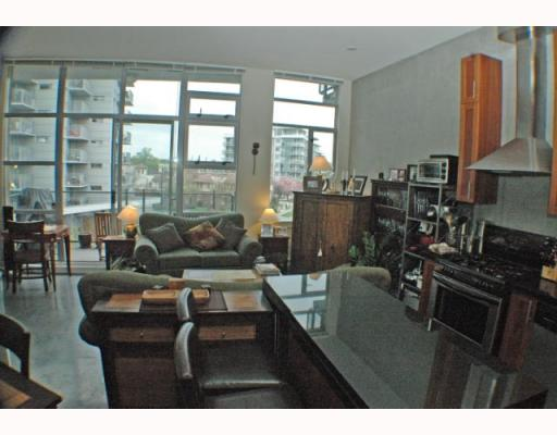 Photo 8: 408 2635 PRINCE EDWARD Street in Vancouver: Mount Pleasant VE Condo for sale (Vancouver East)  : MLS(r) # V766689