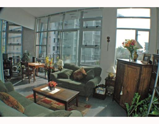 Photo 5: 408 2635 PRINCE EDWARD Street in Vancouver: Mount Pleasant VE Condo for sale (Vancouver East)  : MLS(r) # V766689