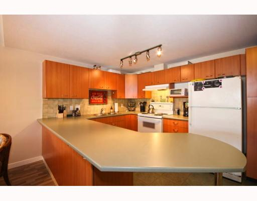 "Photo 9: A210 2099 LOUGHEED Highway in Port_Coquitlam: Glenwood PQ Condo for sale in ""SHAUGHNESSY SQUARE"" (Port Coquitlam)  : MLS(r) # V769369"
