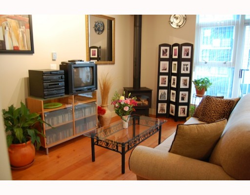 "Photo 7: 215 8988 HUDSON Street in Vancouver: Marpole Condo for sale in ""RETRO LOFTS"" (Vancouver West)  : MLS® # V805325"