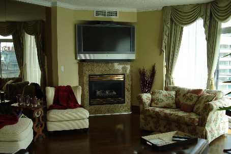 Photo 3: 05 300 E Bloor Street in Toronto: Condo for lease (C09: TORONTO)  : MLS(r) # C1865258