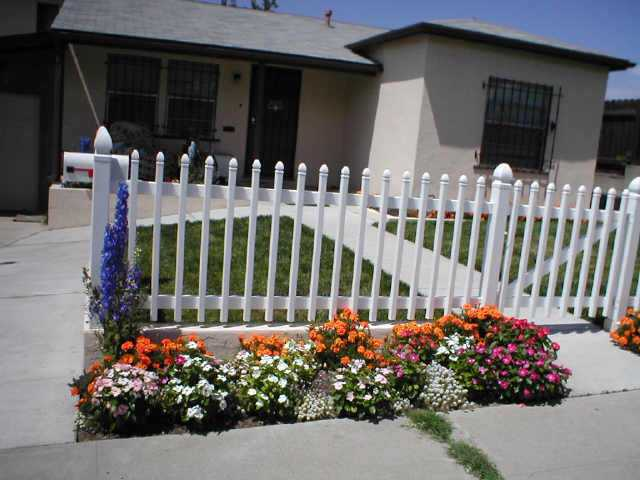 Photo 2: Residential Rental for sale or rent : 2 bedrooms : 6090 Estelle St in San Diego