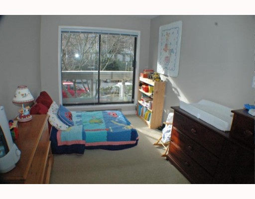 Photo 8: 105 1299 W 7TH Avenue in Vancouver: Fairview VW Condo for sale (Vancouver West)  : MLS(r) # V753278