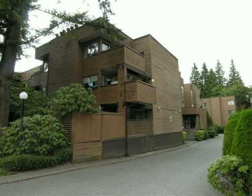 "Main Photo: 110 3275 MOUNTAIN HY in North Vancouver: Lynn Valley Condo for sale in ""HASTINGS MANOR"" : MLS®# V557866"