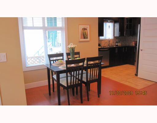 Photo 4: 1663 VICTORIA Drive in Vancouver: Grandview VE House 1/2 Duplex for sale (Vancouver East)  : MLS® # V799750
