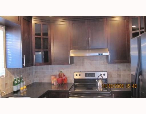 Photo 5: 1663 VICTORIA Drive in Vancouver: Grandview VE House 1/2 Duplex for sale (Vancouver East)  : MLS® # V799750
