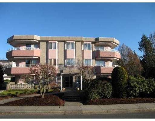 Main Photo: 104 6788 MCKAY Avenue in Burnaby: Metrotown Condo for sale (Burnaby South)  : MLS® # V724171