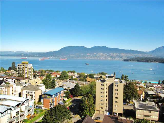 Main Photo: 1401 2370 W 2ND Avenue in Vancouver: Kitsilano Condo for sale (Vancouver West)  : MLS(r) # V849240