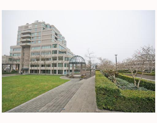 Photo 8: 704 1355 W BROADWAY BB in Vancouver: Fairview VW Condo for sale (Vancouver West)  : MLS(r) # V757633