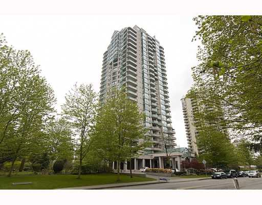 "Main Photo: 17A 6128 PATTERSON Avenue in Burnaby: Metrotown Condo for sale in ""GRAND CENTRAL PARK PLACE"" (Burnaby South)  : MLS®# V765402"