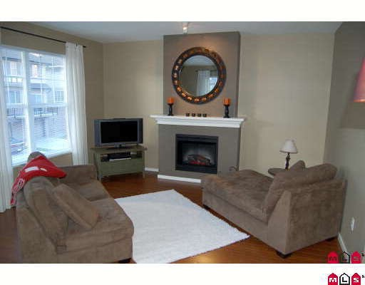 "Photo 2: 72 8089 209TH Street in Langley: Willoughby Heights Townhouse for sale in ""ARBOREL PARK"" : MLS® # F2911425"
