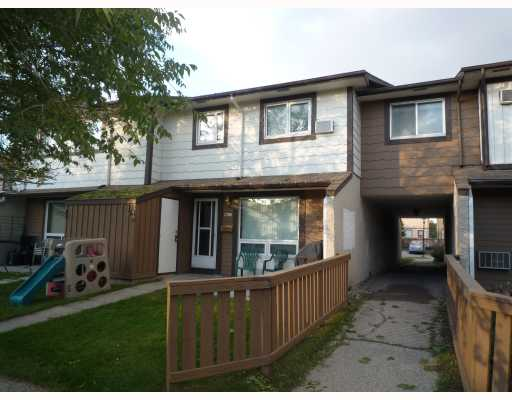 Main Photo: 913 Jefferson Avenue in WINNIPEG: Maples / Tyndall Park Condominium for sale (North West Winnipeg)  : MLS(r) # 2919028