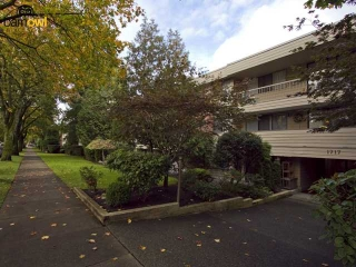 "Main Photo: 202 1717 W 13TH Avenue in Vancouver: Fairview VW Condo for sale in ""PRINCETON MANOR"" (Vancouver West)  : MLS®# V856511"