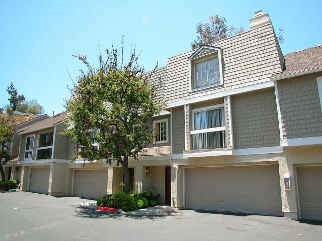 Main Photo: CLAIREMONT Townhome for sale : 2 bedrooms : 3790 Balboa #E in San Diego