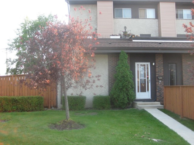 Main Photo: 180 GRASSIE Boulevard in WINNIPEG: North Kildonan Condominium for sale (North East Winnipeg)  : MLS® # 1015911