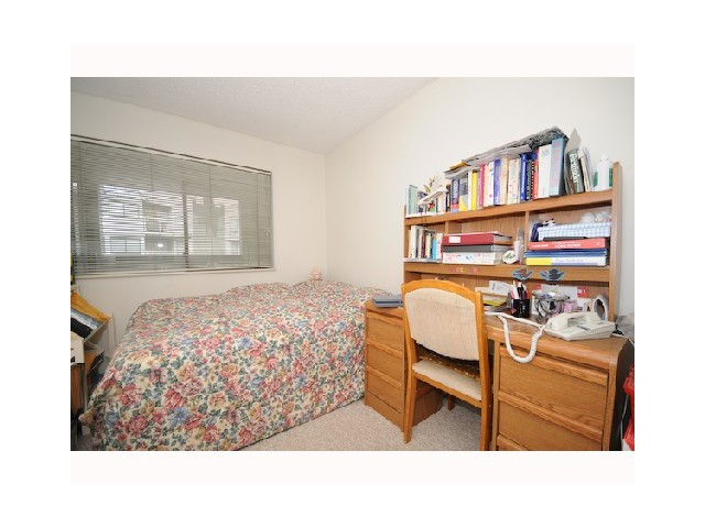 "Photo 7: 406 9890 MANCHESTER Drive in Burnaby: Cariboo Condo for sale in ""BROOKSIDE COURT"" (Burnaby North)  : MLS(r) # V848181"