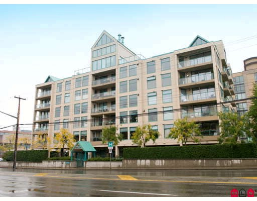 "Main Photo: 301 15466 N BLUFF Road: White Rock Condo for sale in ""SUMMIT"" (South Surrey White Rock)  : MLS® # F2922305"