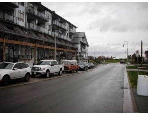 "Photo 2: 117 6233 LONDON Road in Richmond: Steveston South Condo for sale in ""LONDON STATION"" : MLS(r) # V809223"