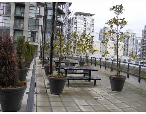 "Photo 7: 1907 1199 SEYMOUR Street in Vancouver: Downtown VW Condo for sale in ""BRAVA"" (Vancouver West)  : MLS® # V742072"