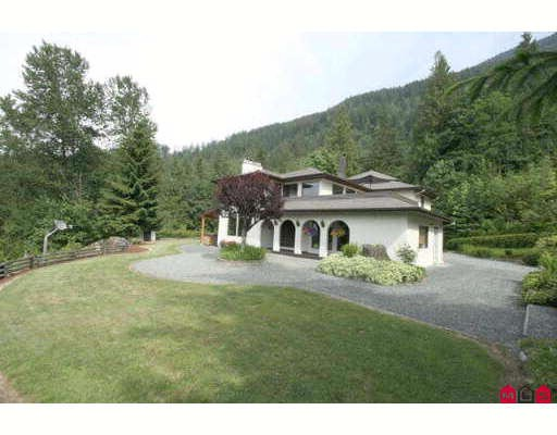 "Main Photo: 6921 MARBLE HILL Road in Chilliwack: Eastern Hillsides House for sale in ""S"" : MLS® # H2902233"
