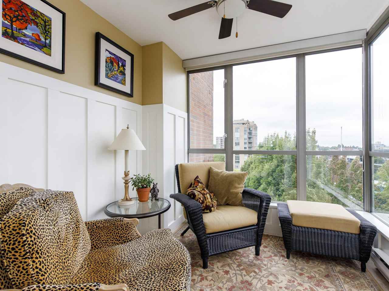 FEATURED LISTING: 704 - 1575 10TH Avenue West Vancouver