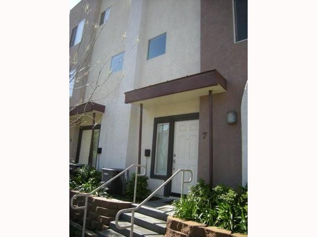 Main Photo: EAST ESCONDIDO Condo for sale : 3 bedrooms : 325 Citracado #7 in Escondido