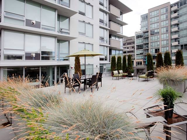 "Main Photo: 307 1675 W 8TH Avenue in Vancouver: Fairview VW Condo for sale in ""CAMERA"" (Vancouver West)  : MLS® # V847637"
