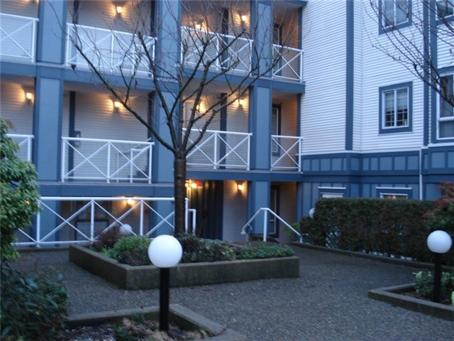 "Photo 2: 106 2736 VICTORIA Drive in Vancouver: Grandview VE Condo for sale in ""ROYAL VICTORIA GARDENS"" (Vancouver East)  : MLS(r) # V865593"