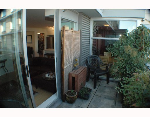 Photo 8: 304 328 E 11TH Avenue in Vancouver: Mount Pleasant VE Condo for sale (Vancouver East)  : MLS® # V741640