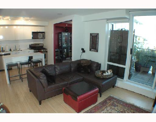 Photo 4: 304 328 E 11TH Avenue in Vancouver: Mount Pleasant VE Condo for sale (Vancouver East)  : MLS(r) # V741640