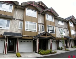 "Main Photo: 36 7088 191ST Street in Surrey: Cloverdale BC Townhouse for sale in ""MONTANA"" (Cloverdale)  : MLS® # F2909578"