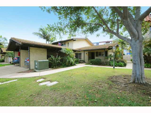 Main Photo: POINT LOMA Condo for sale : 2 bedrooms : 4325 Loma Riviera in San Diego