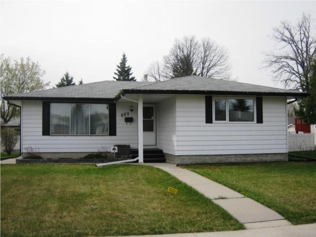 Main Photo: 889 London Street in WINNIPEG: East Kildonan Residential for sale (North East Winnipeg)  : MLS(r) # 1007629