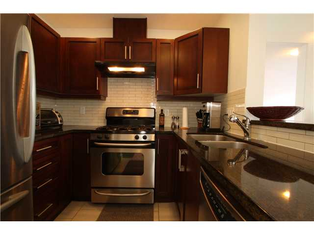 "Photo 2: 409 6328 LARKIN Drive in Vancouver: University VW Condo for sale in ""JOURNEY"" (Vancouver West)  : MLS® # V849499"