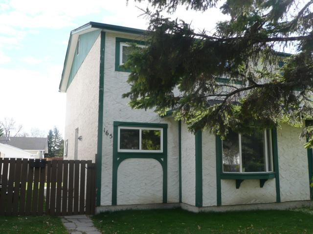 Main Photo: 165 SUMMERFIELD Way in WINNIPEG: North Kildonan Residential for sale (North East Winnipeg)  : MLS® # 1020249