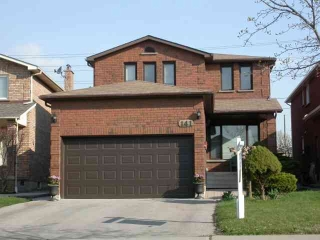 Main Photo: 141 Cabinet Crest in Vaughan: House (2-Storey) for sale (N08: KLEINBURG)  : MLS®# N1840011