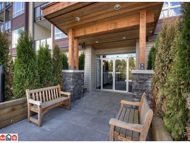 "Photo 2: 418 2943 NELSON Place in Abbotsford: Central Abbotsford Condo for sale in ""Edgebrook"" : MLS® # F1011955"