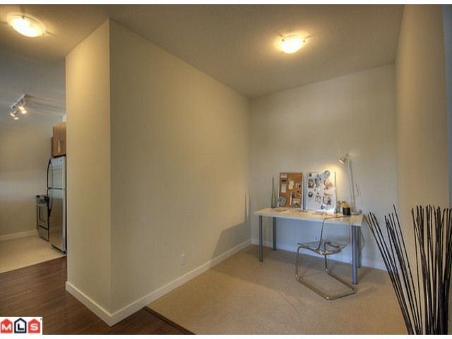 "Photo 10: 418 2943 NELSON Place in Abbotsford: Central Abbotsford Condo for sale in ""Edgebrook"" : MLS® # F1011955"